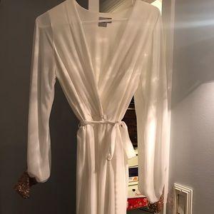 ✨NWOT✨ASOS white wrap dress.